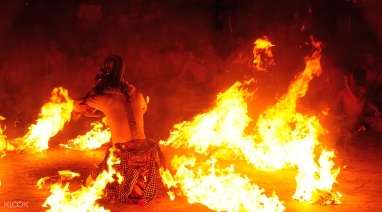 Uluwatu Kecak Fire